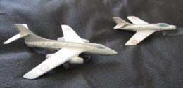 AVIONS DINKY TOYS : Mystère IV Et VAUTOUR - Avions & Hélicoptères