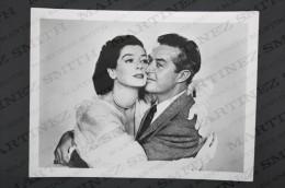 Original Vintage Press Real Photography Cinema/ Movie 1950: A Woman Of Distinction -  Rosalind Russell & Ray Milland - Personalidades Famosas