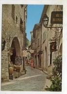FRANCE - AK 212823 Saint-Paul De Vence - La Rue Grande - Saint-Paul