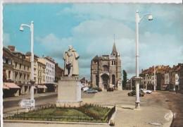 Carte 1960 Le NEUBOURG / L'EGLISE ET LA PLACE DUPONT DE L'EURE - Le Neubourg