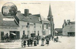 CPA         La Suze            Un Coin De La Place          Hôtel, Café  Bien Animée - La Suze Sur Sarthe