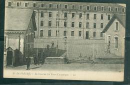 N°9   - La Flèche - La Caserne La Tour D'auvergne  - Faa75 - La Fleche