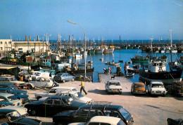 Lesconil - Le Port De Pêche - Automobiles - Citroen 2CV - Austin Mini - Belle Animation - éditeur Caoudal N°9502 - Lesconil