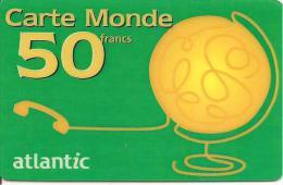 CARTE-PREPAYEE-50F-ATLANT IC-GLOBE-VERT-PLASTI FI E-V ° N°fond Blanc-TBE - Autres Prépayées
