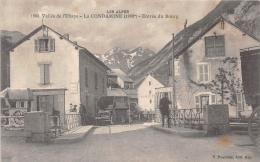 HAUTES ALPES  05   LA CONDAMINE  VALLEE DE L'UBAYE  ENTREE DU BOURG  ATTELAGE - France