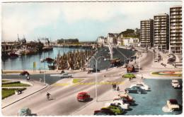 Boulogne-sur-Mer: CITROËN DS,RENAULT JUVA BREAK,4CV,FREGATE,AUSTIN A40,FORD CONSUL, PEUGEOT 203 -Le Port - Quai Gambetta - PKW