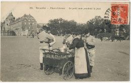 Marchande Ambulante De Café A Versailles Coffee Vendor With Cart - Händler
