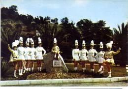 06  VALLAURIS  - MAJORETTE  -  CPM 1960/70 - Vallauris