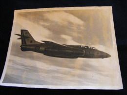 Photographie Originale Aviation Militaire Année 50 -- 30 Cm X 24 Cm   NW43 - Aviazione