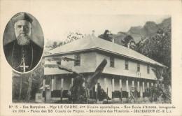 ILES MARQUISES - Mgr LE CADRE - SON ECOLE D ATUONA INAUGUREE EN 1924 - PRIX FIXE !! - Polynésie Française