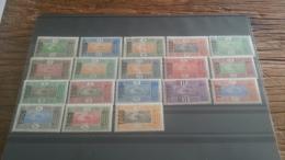 LOT 236773 TIMBRE DE COLONIE TOGO NEUF* N�101 A 118 VALEUR 42 EUROS FEUILLE