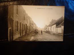 Saleux La Grande Rue   Voiture Ancienne - Autres Communes