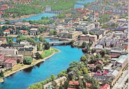 SUEDE - KARLSTAD - Très Belle Vue Aérienne De La Ville - Suède