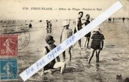 CPA  -    PIROU - PLAGE   (50)   Scène De Plage -  Pendant Le Bain    (  Belle Carte,  Rare ) - Frankreich