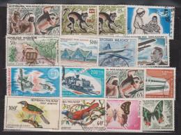 timbres oblit. MADAGASCAR