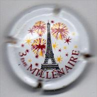 C0904 - CHAMPAGNE - 652 - Tour Eiffel Polychrome - Champagne