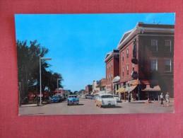 Minnesota>  Worthington   Tenth Street --     ------ ----------ref 1643
