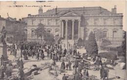 BE-  LIMOGES  EN HAUTE VIENNE  PLACE D'ARMES   LE MARCHE  CPA  CIRCULEE - Limoges