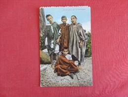 Jeune Gens De La Montagne    Ref 1645 - Europe