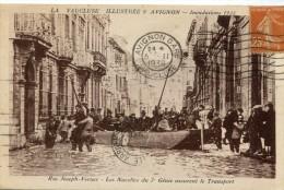 CPA 84 AVIGNON INONDATIONS 1935 RUE JOSEPH VERNET LES NACELLES DU 7 GENIE ASSURENT LE TRANSPORT 1936 - Avignon