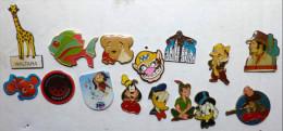 Lot 15X Pins Pin´s  DISNEY Et Mario Bross GIRAFE Waltara KING KONG NEMO OURSON En Larme Tic Tac - Lots
