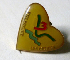 Pins Pin´s   VILLENEUVE LES BEZIERS - Pin's