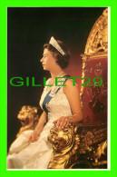 ROYAL FAMILIES - PORTRAIT OF ELIZABETH THE QUEEN - BY KARSH OF OTTAWA - 30 YEARS  E II R - PRESCOTT PICKUP & CO - - Royal Families