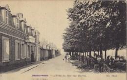 LE  HOURDEL    L'hotel Du Parc Aux  Huitres - Le Hourdel