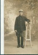 Photographie   d' un  Militaire         (  Peut  etre  une  Indication  au  Verso     1174 - 12   )      �  Reconnaitre