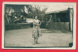 158214 / Luna Park  WOMAN SOFIA  -  Bulgaria Bulgarie Bulgarien Bulgarije
