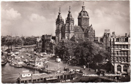 Amsterdam:  CITROËN TRACTION AVANT, VW 1200, RENAULT GOELETTE, AUTOBUS Etc. - St. Nicolaaskerk  - Holland - Turismo