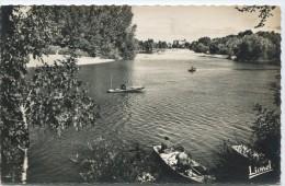CPSM 49 ERIGNE LE LOUET SA PLAGE SES DE PECHE 1958 - France