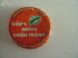 Vietnam Viet nam Pepsi Mirinda used bottle crown cap / kronkorken / chapa / tappi