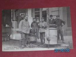 MILITARIA  -  BRUXELLES  Palais D'Eté     - ARMEE BELGE  -  Cuisine Au Palais D'été - Brusseler Allerlei - Guten Apetit - Oorlog 1914-18
