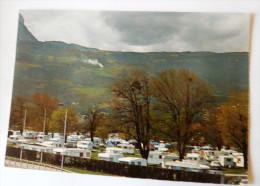 GRENOBLE CAMPING MUNICIPAL DE BACHELARD AU FOND LE VERCORS - Grenoble