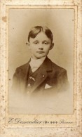 Enfant  - Gar�on  - Costume  - Roanne : E. Dessendier