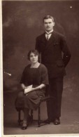 Couple  -  R . Lucas  Roanne