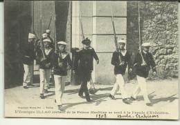L ENSEIGNE  ULLMO  SORTANT DE PRISON  Carte Tres Bon Etat - Toulon
