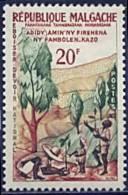 Madagascar, n� 351** Y et T