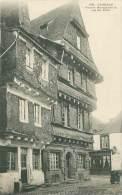29 - CARHAIX - Vieilles Maisons De La Rue Du Pavé - Carhaix-Plouguer