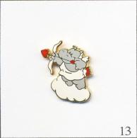 Pin´s - Animaux - Hippopotame / Eros-Ange De L´Amour - Restaurant Hippopotamus. Non Estampillé. EGF. T243-13 - Animaux