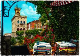 Palazzo Del Governo Dalla Terrazza Del Ristorante ´Titano´ - San Marino 1978 - 3 Stamps - San Marino
