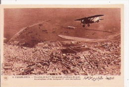 CAASBLANCA 8 UN AVION DE LA CIE AEROPOSTALE AU DESSUS DU PORT - 1919-1938