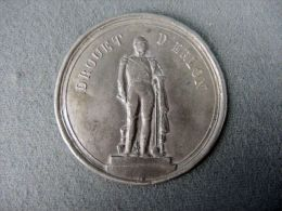 Médaille 1880 ZINNMEDAILLE MEDAILLE  DROUET DÈRLON  French Ville De Lille #m157 - Professionals/Firms