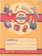 Protège-Cahier Ancien  Illustré - ** Pile Wonder ** - Voir 2 Scans; - Piles