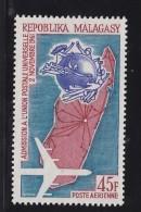 Madagascar, Malagasy  Aerien yt 93 / 94 ** SC .. anniversaire admission UPU .. cote  = 2.00 €