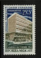 Madagascar, Malagasy  yt 394 ** SC .. journ�e du timbre 1964 ..cote = 0.80 €