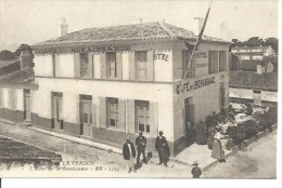 1163 - LE VERDON - L'HOTEL DE LA RENAISSANCE  ( Animées - Café De La Renaissance  ) - France