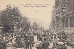 75 PARIS 01 LES HALLES LE MATIN DEVANT L'EGLISE STE EUSTACHE - Paris (01)