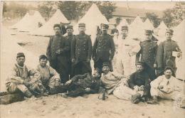 MILITARIA - REGIMENTS - SAINT MEDARD EN JAILLES - Belle Carte Photo Portrait Militaires Devant Campement En 1914 - Sonstige Gemeinden